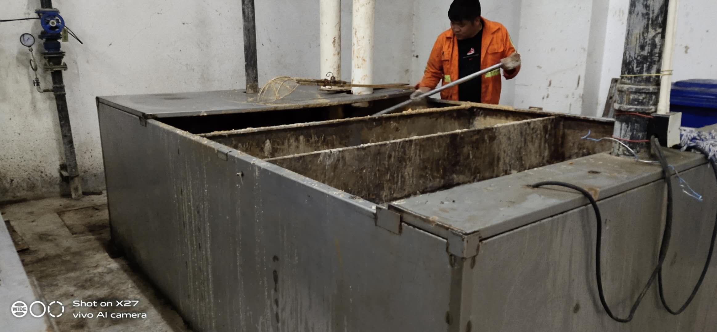 上海卢湾区清洗隔油池公司-上海隔油池清理